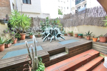 Cozy 1 Bedroom Apartment with a Private Terrace and Catalan Features