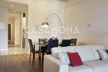 Modern Luxury Apartment Minutes from Port Vell and the Beach