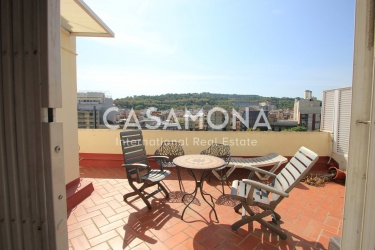 2 Bedroom Penthouse with a Private Terrace and Panoramic Views of Barcelona