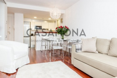 Modern 1 Bedroom Apartment in Barceloneta near The Beach
