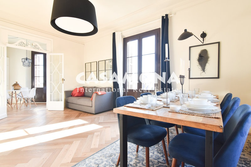 Stylish Apartment in Barceloneta with Views of Port Vell (PALAU)