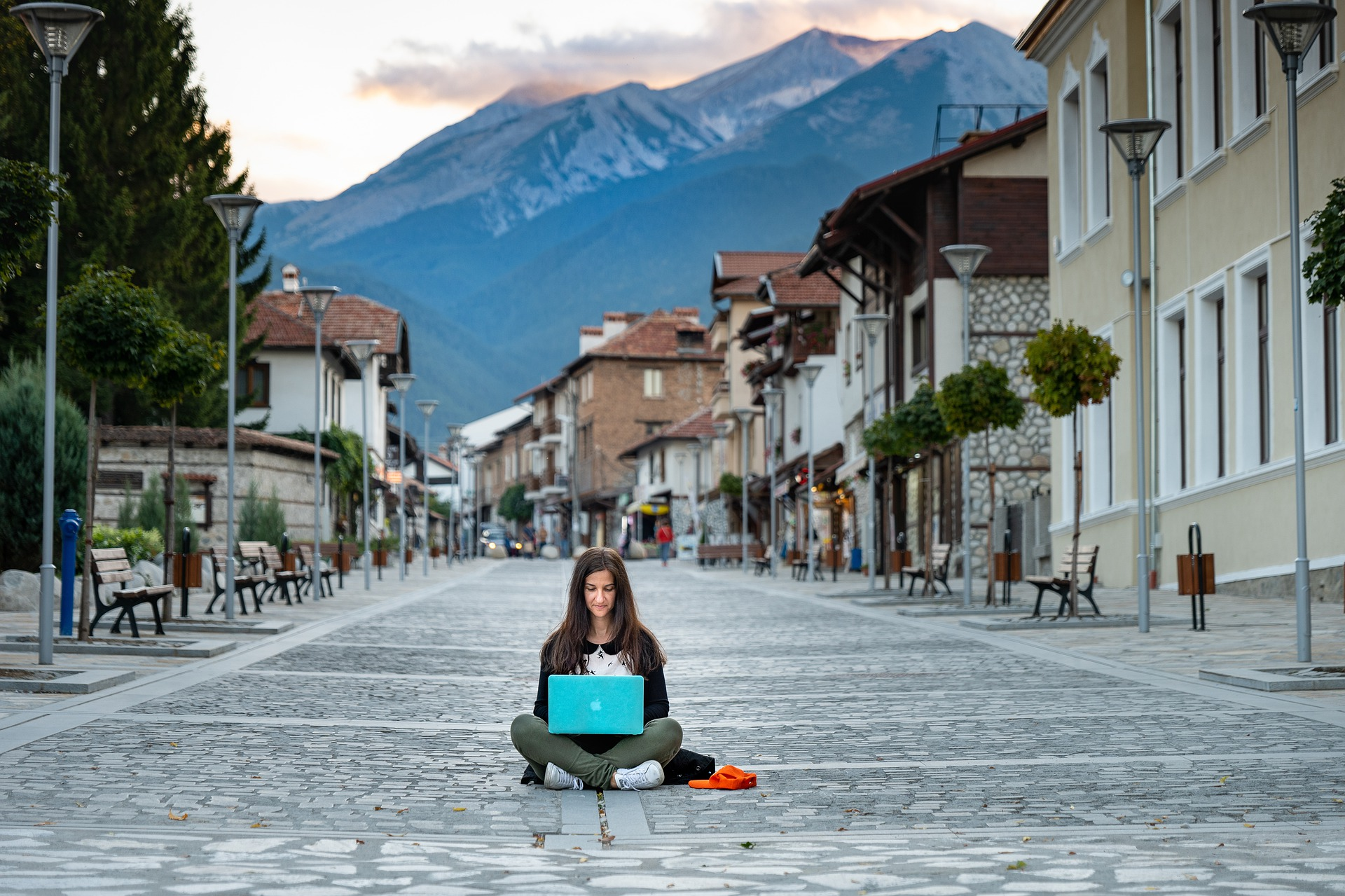 Tips on Becoming a Digital Nomad 7 Tips on Becoming a Digital Nomad