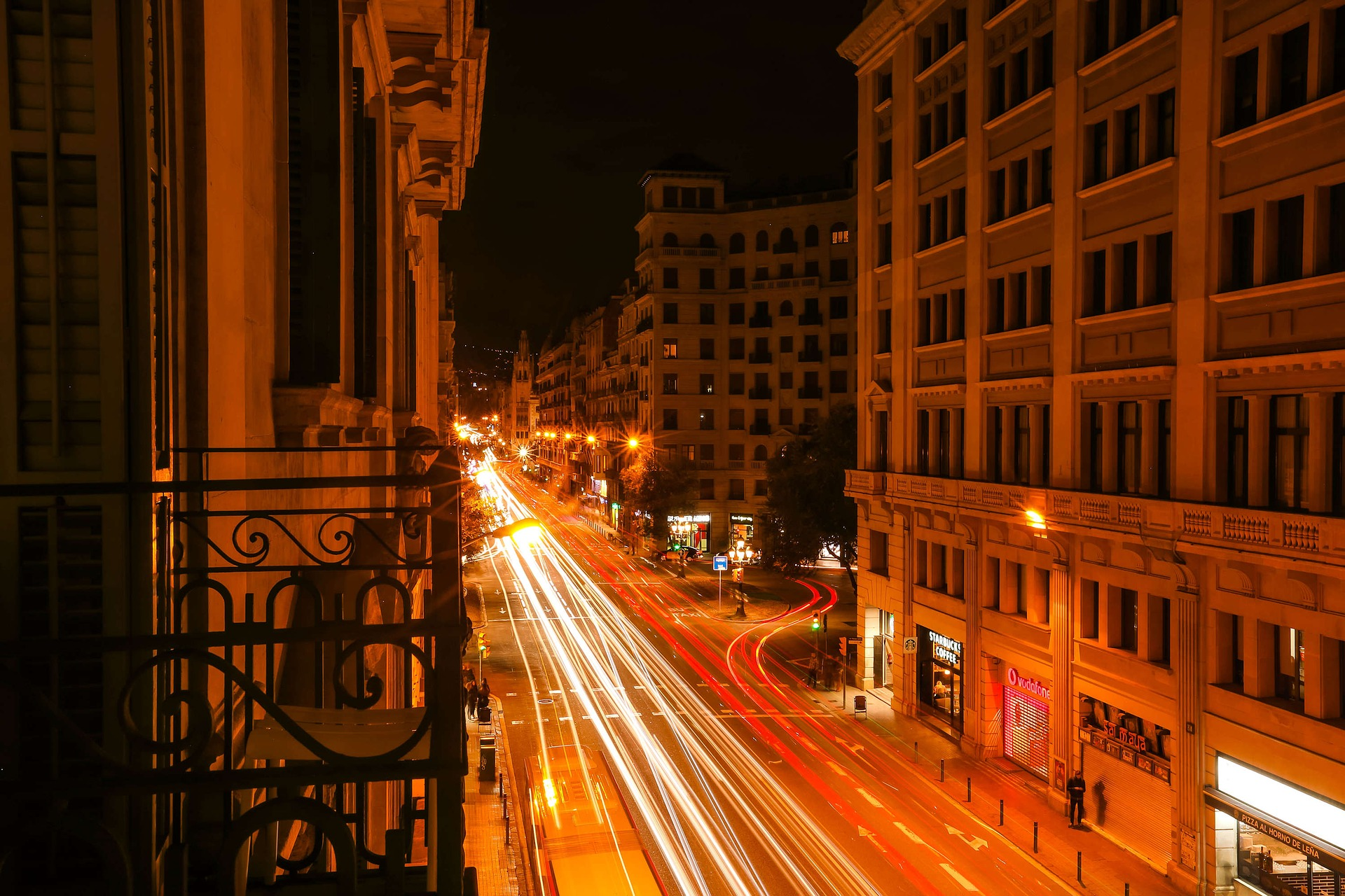 Why NOW is the Perfect Time to Invest in Buildings in Barcelona 3 Why NOW is the Perfect Time to Invest in Buildings in Barcelona